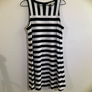 Loft | Petite Stripped Dress | White and Black